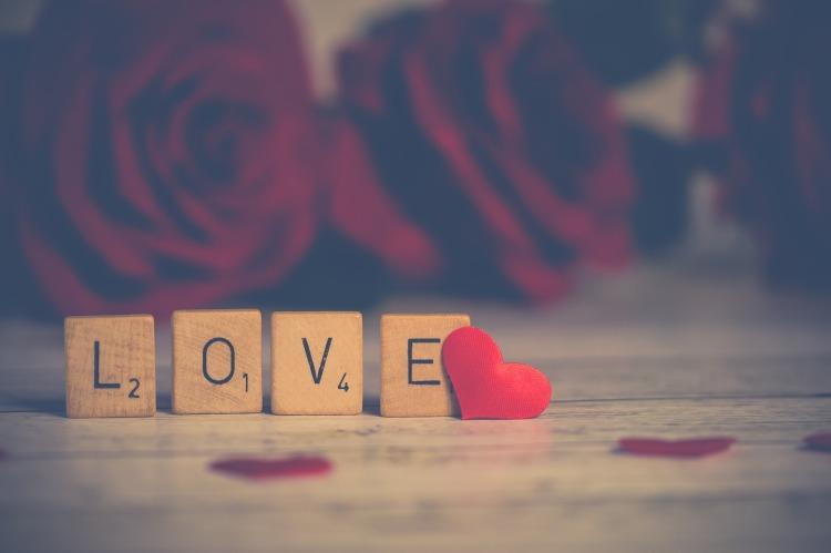 5 nuances de St Valentin avec Timy Séduction Sucrée : 2 nuances, kaléidoscope de moi, Bamba aida marguerite, saint Valentin