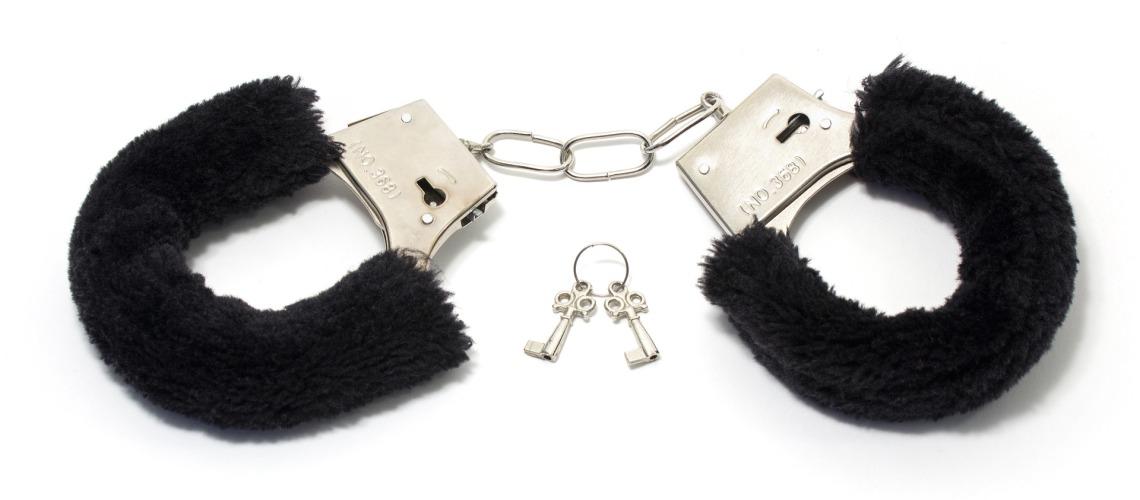 10 choses à éviter quand on veut se lancer dans le SM soft: ne pas oublier les clés des menottes, kaleidoscope de moi